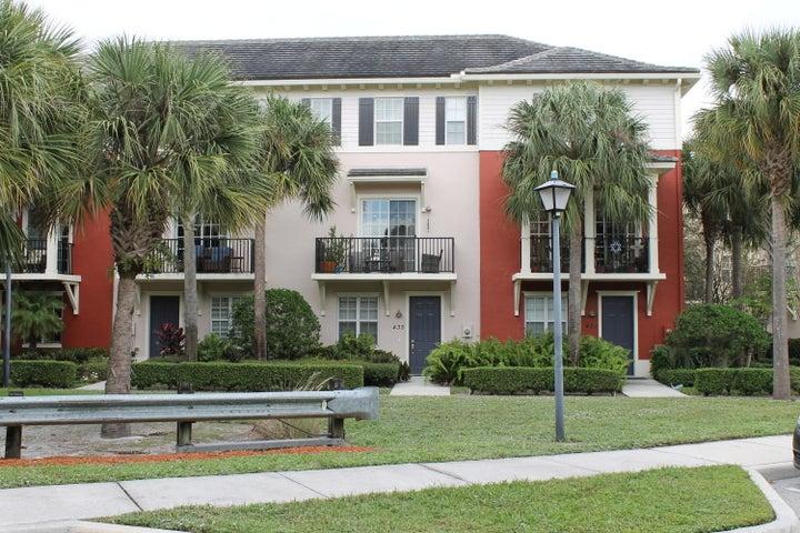435 Schoolhouse Road, Jupiter, FL 33458