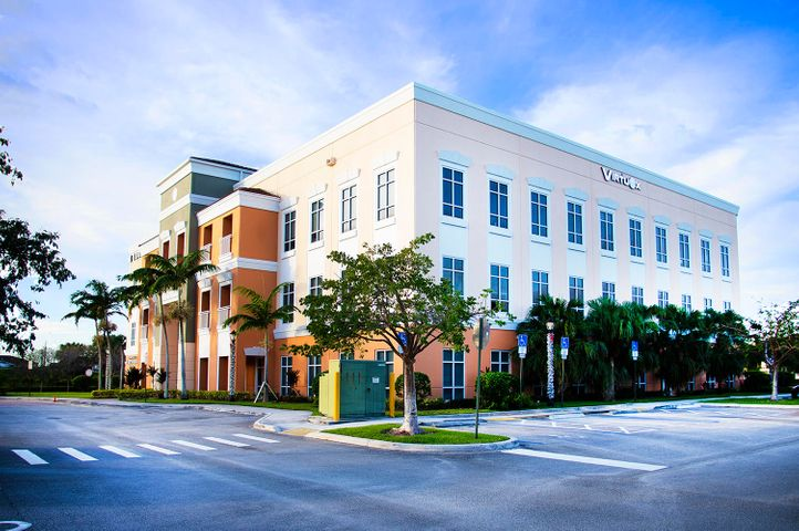 Beautifully appointed investment manager's office in the heart of Coral Springs.   The 1,078 sq. ft. suite offers four private offices, a conference room, a kitchenette, and reception area.   Existing sub-tenants willing to stay in place provide $1300 per month of additional revenue.  The unit is zoned ''medical'' allowing for a wide variety of professional or medical uses. Seller willing to lease back for 3 years.