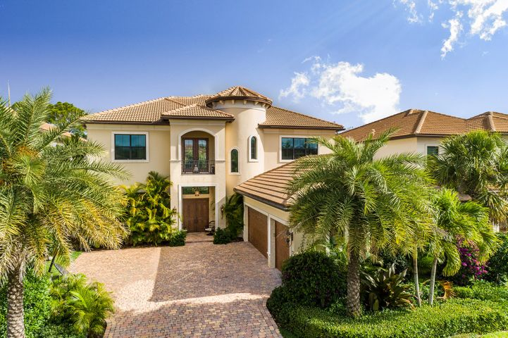 A photo of 145 Gardenia Isle Dr.
