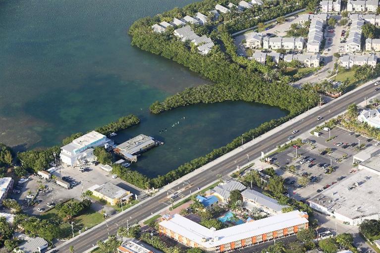 2407 Roosevelt Boulevard N, Key West, FL 33040