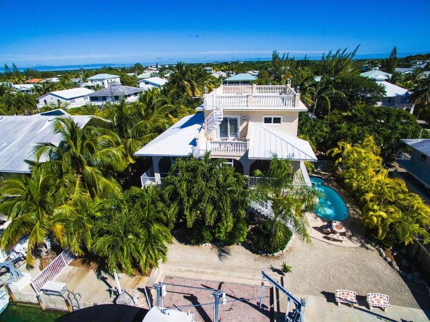 1040 Gulf Drive, Summerland Key, FL 33042