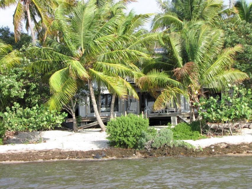 7W Cooks Island, Big Pine Key, FL 33043