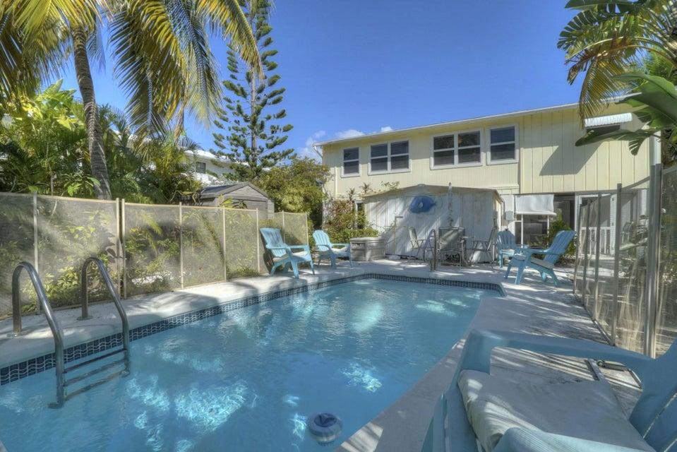 960 Caribbean Drive, Summerland Key, FL 33042