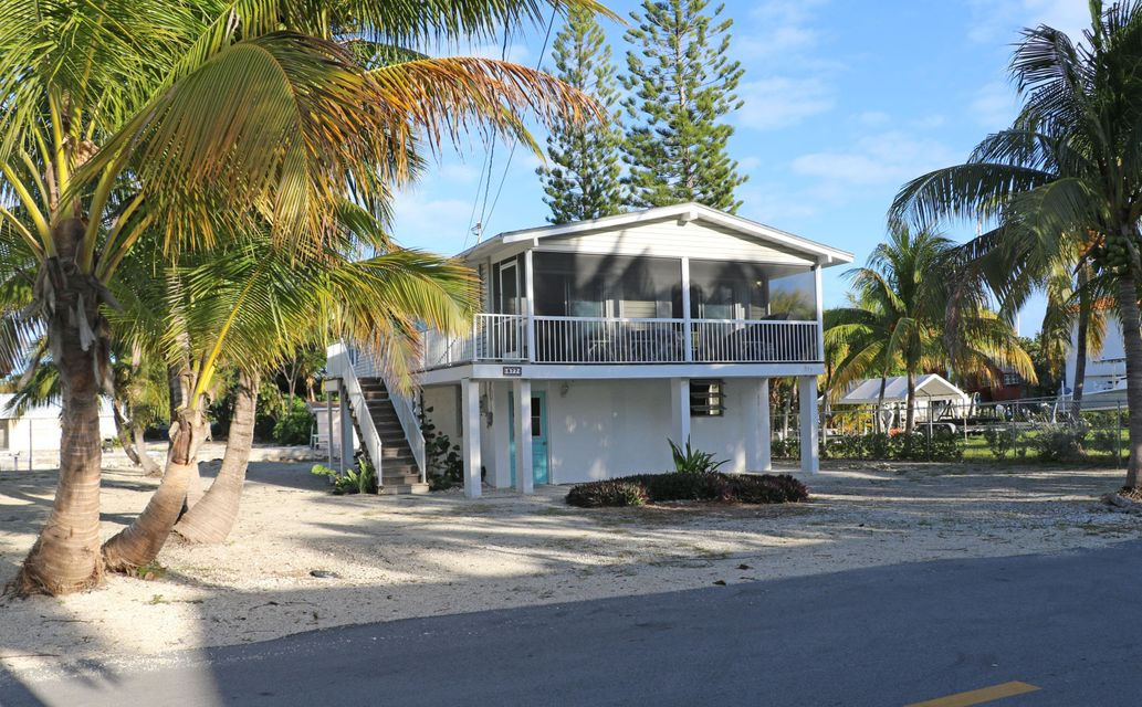 877 Caribbean Drive East Drive, Summerland Key, FL 33042