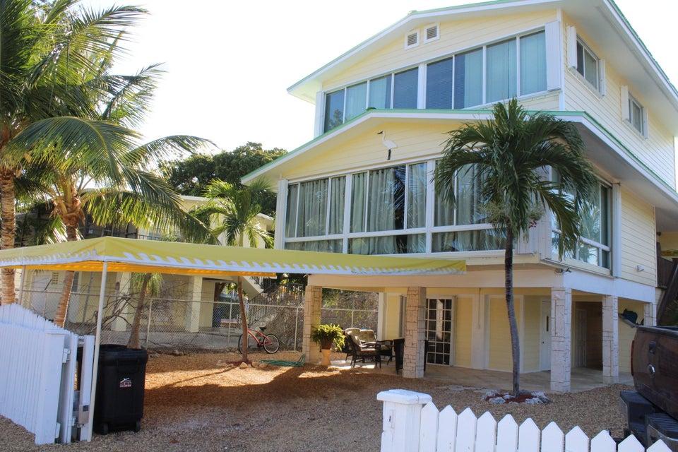 110 Oleander Circle, Key Largo, FL 33037