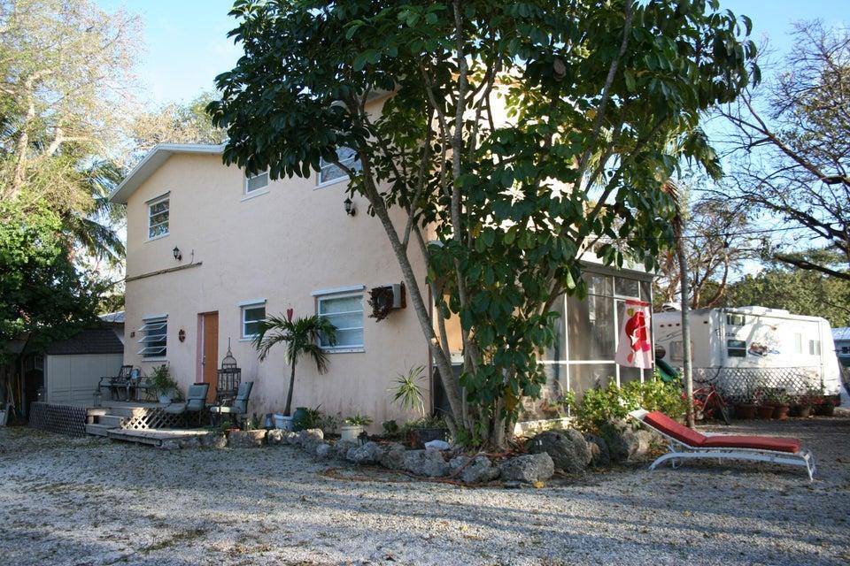 492 Beach Road, Key Largo, FL 33070