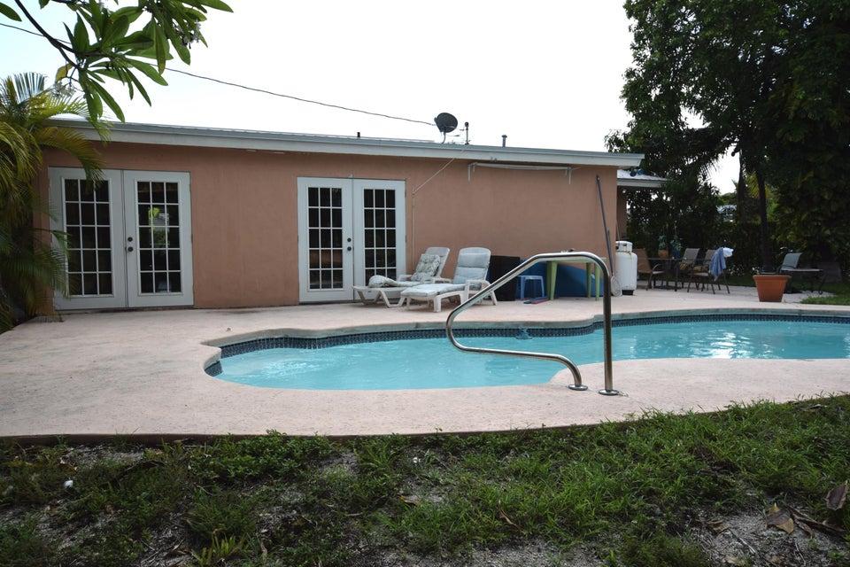 913 18th, Key West, FL 33040