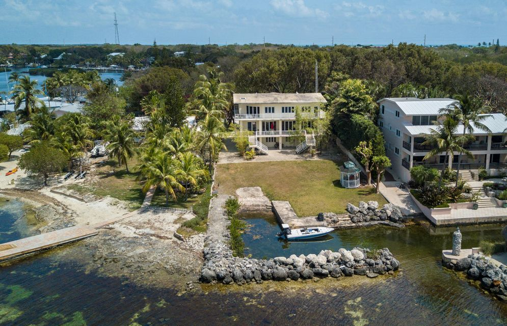 104 Point Pleasant Drive, KEY LARGO, FL 33037