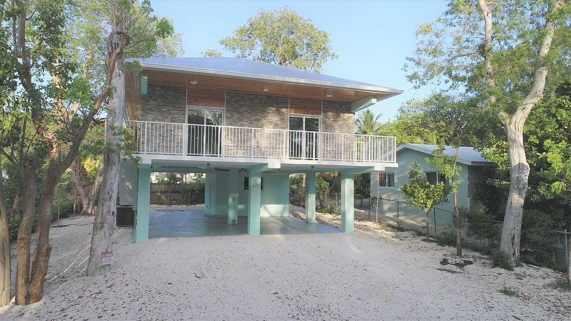 672 Lake Drive N, Key Largo, FL 33037