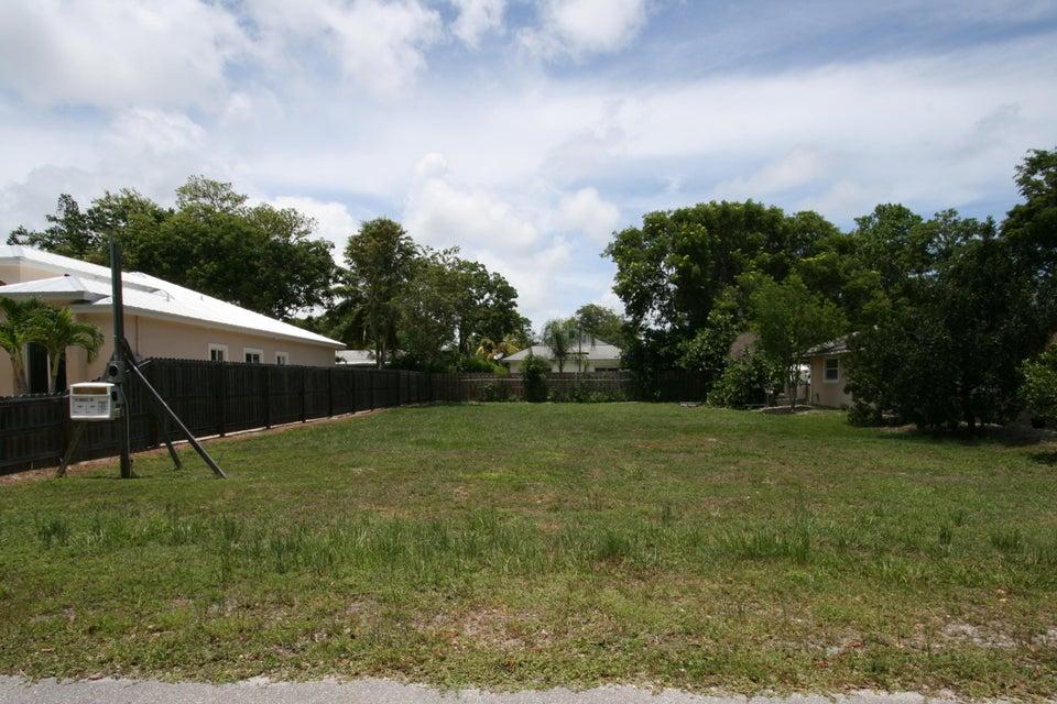 28 Andros Road S, Key Largo, FL 33037