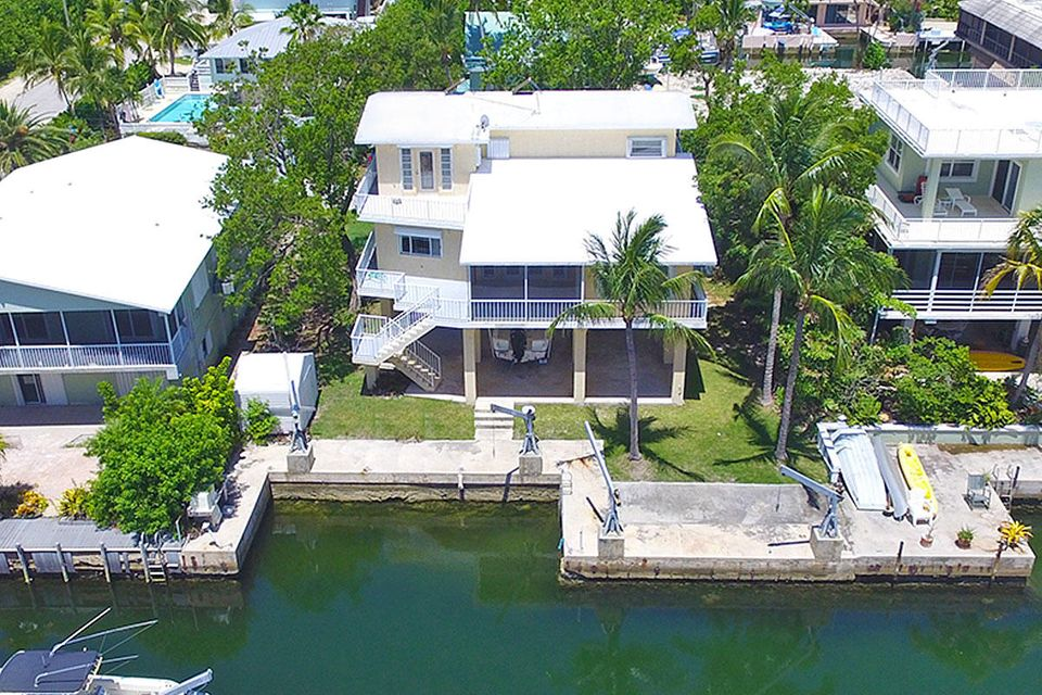 215 Wildwood Circle, Key Largo, FL 33037