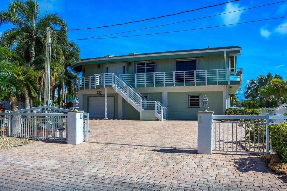 202 Bristol Court, Key Largo, FL 33070