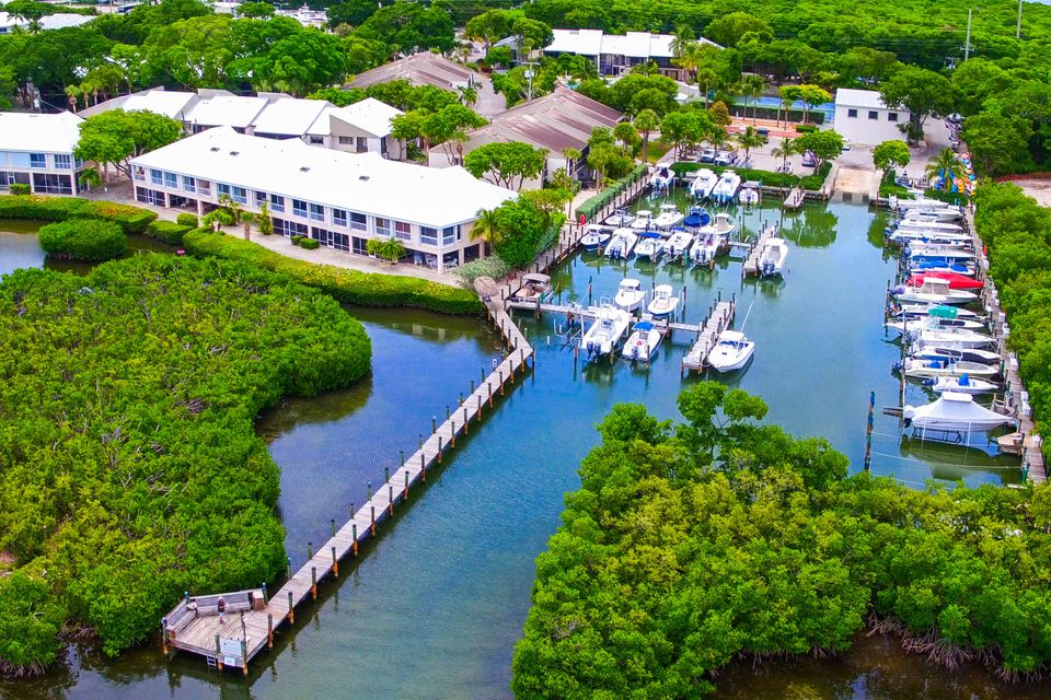 9824 Mariners Avenue and Slip #53, Key Largo, FL 33037