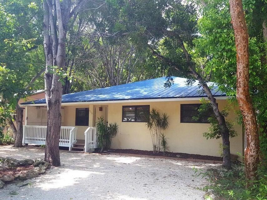 252 Bay Drive, Key Largo, FL 33037
