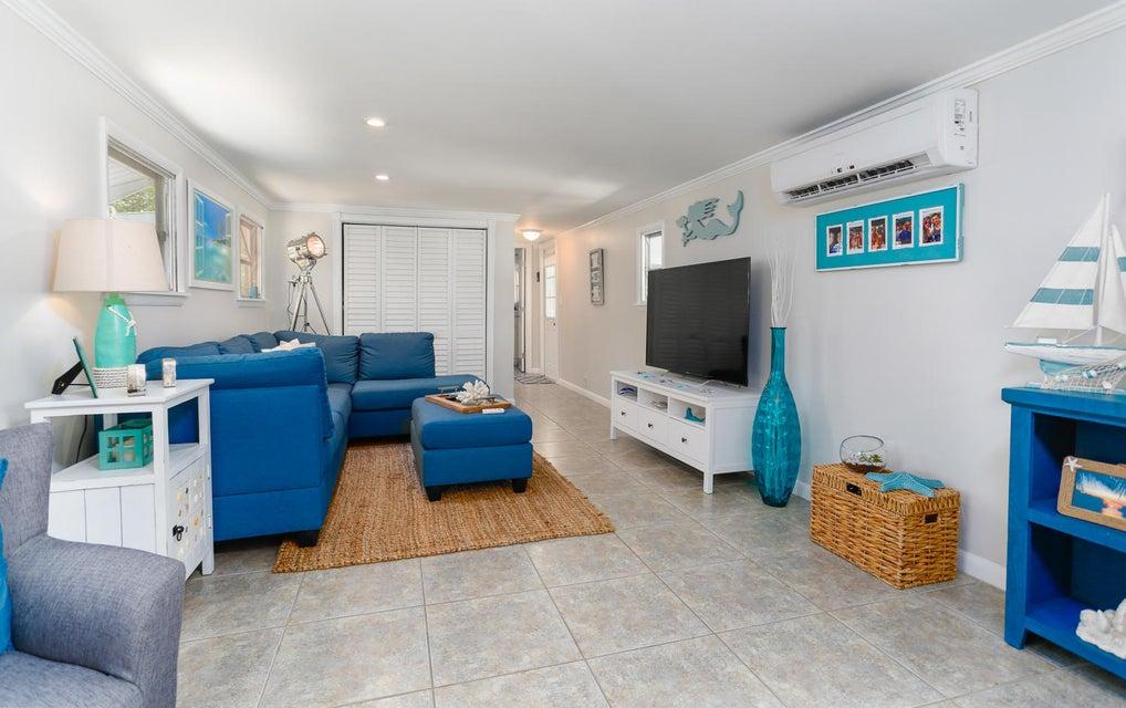 6 Swallow Road, Key Largo, FL 33037