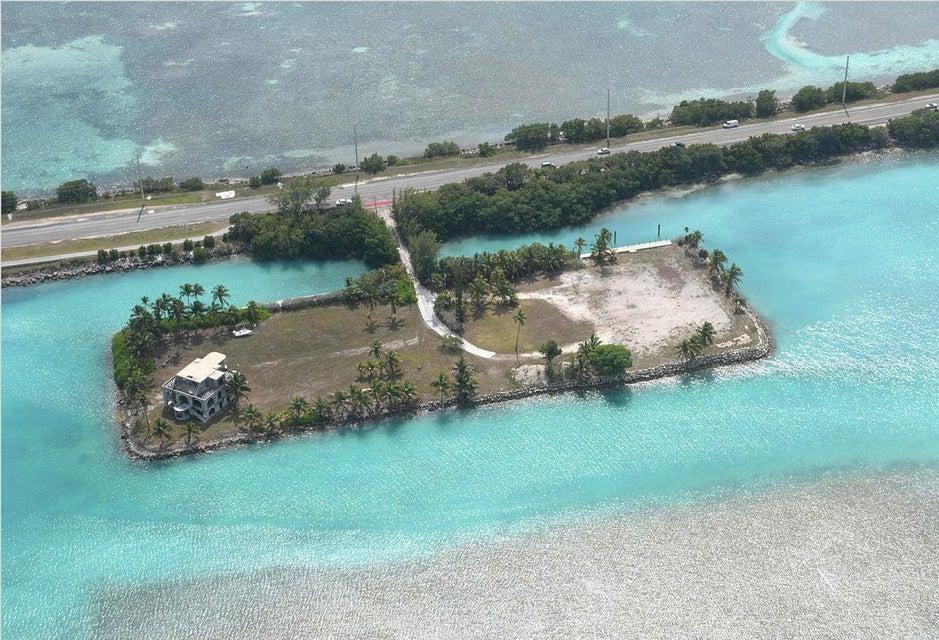 72100 overseas highway  craig key key colony beach  houses for rent 33036