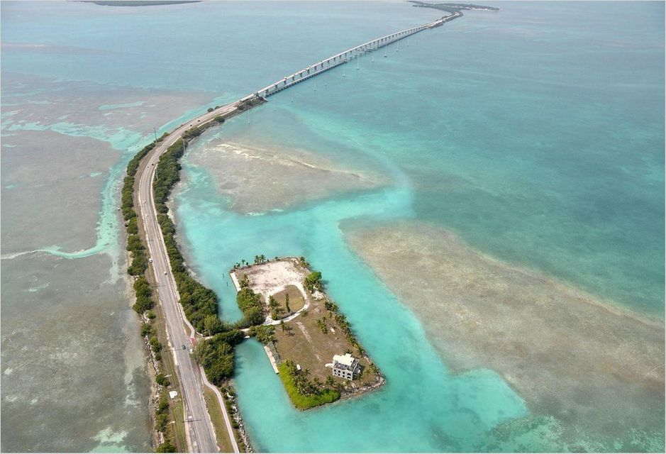 72100 overseas highway  craig key key colony beach house rentals 33033