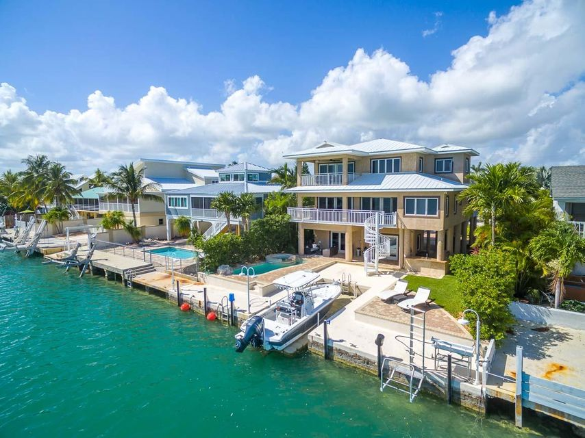 414 Caribbean Drive E, Summerland, FL 33042