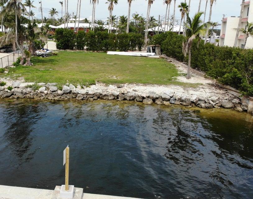 a land in islamorada  florida treasure harbor florida  house rentals 33036