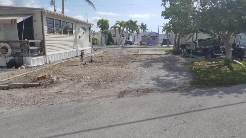 55 boca chica Road 43, Big Coppitt, FL 33040