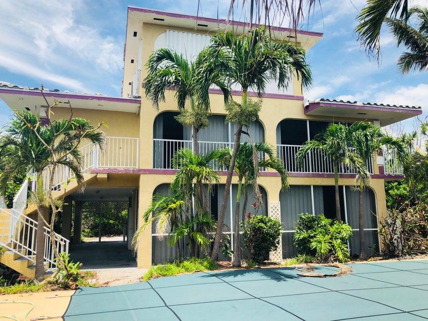 431 Shore Drive E, Summerland, FL 33042