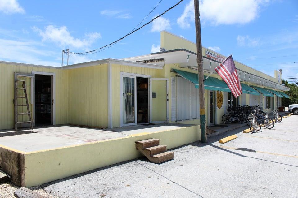 21 County Road, Big Pine, FL 33043
