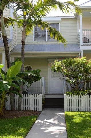 5090 Sunset Village Drive, Duck Key, FL 33050