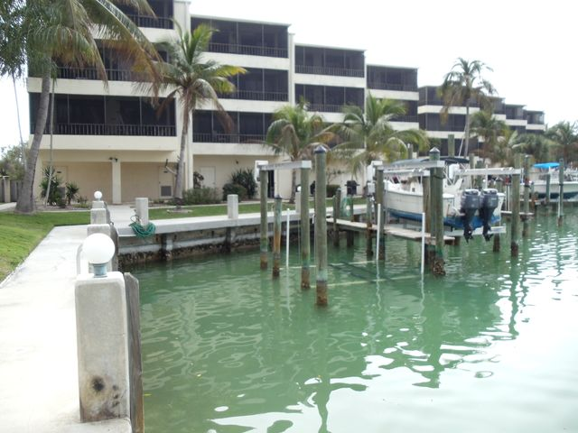 Deeded Dock for Large Boat or Sailboat