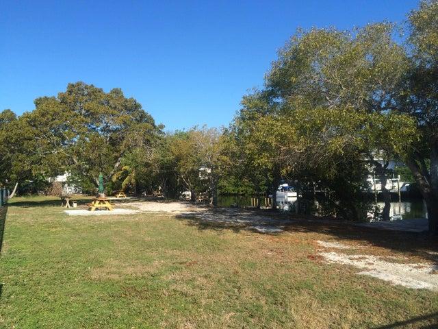 203 Pearl Avenue, Plantation Key, FL 33070