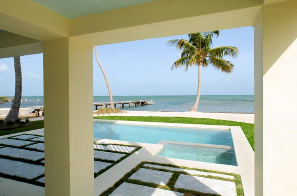 Islamorada Ocean front estate MM 82.5