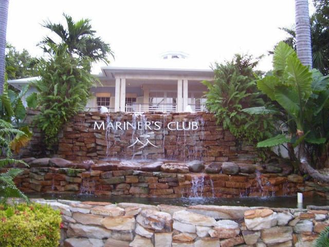 A clubhouse with TV/cable and a kitchen for weekend football and entertaining. Golf carts welcome....