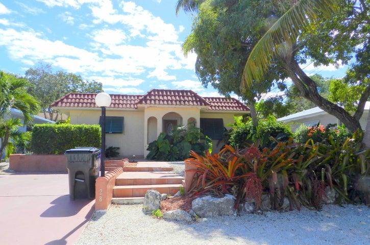 128 Coral Avenue, Plantation Key, FL 33070