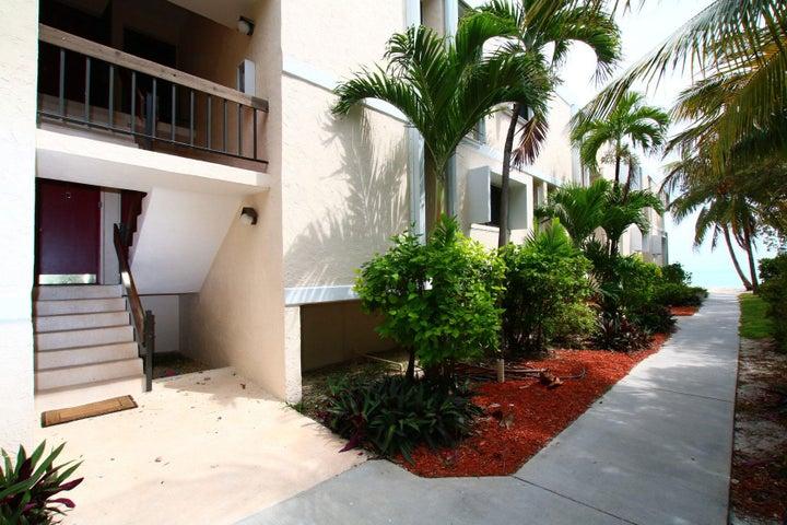 133 Coco Plum Drive, 4, Coco Plum, FL 33050