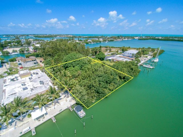 Lot 5 Avenue D, Coco Plum, FL 33050
