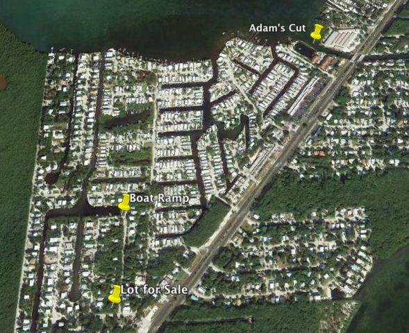 667 N Lake Drive, Key Largo, FL 33037