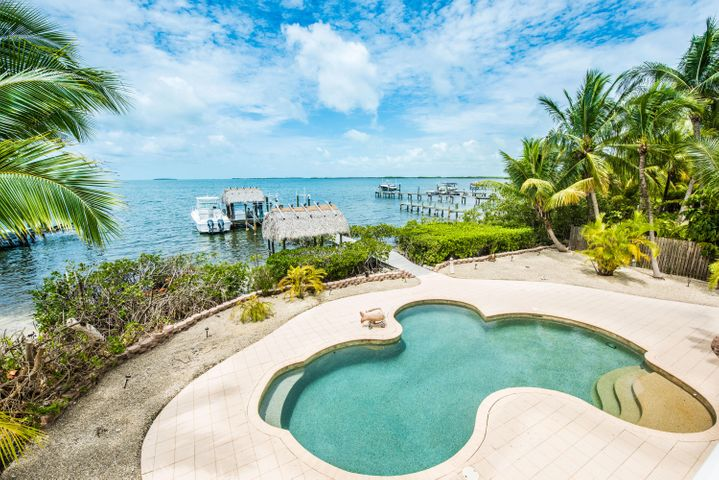 25 N Bounty Lane, Key Largo, FL 33037