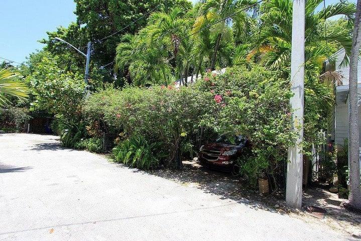 621 Catholic Lane, Key West, FL 33040