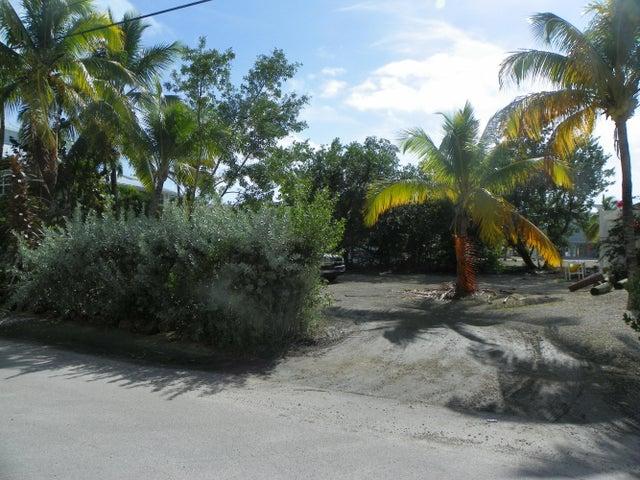 9 Center Lane, Key Largo, FL 33037