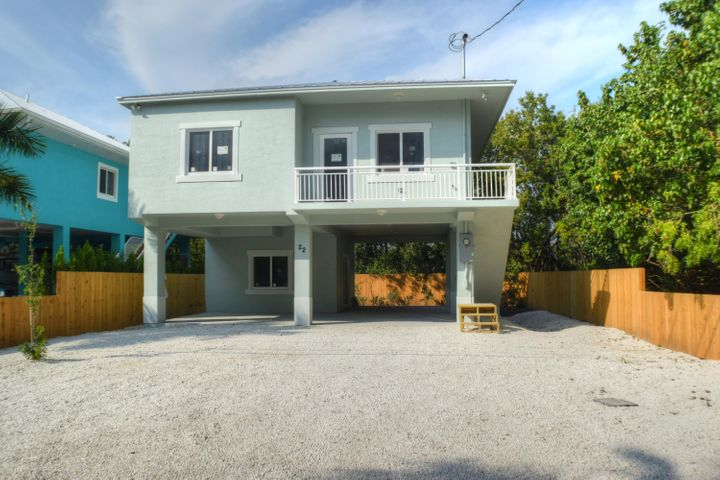22 Tarpon Avenue, Key Largo, FL 33037