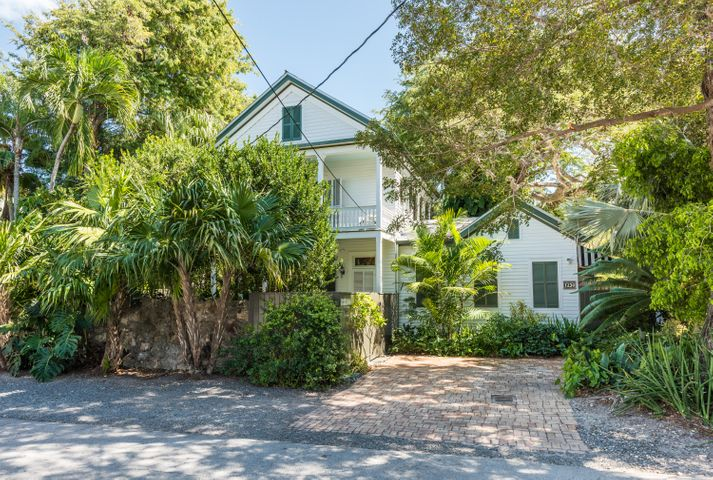 1230 Seminary Street, Key West, FL 33040