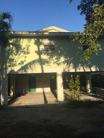 19913 Date Palm Drive, Sugarloaf Key, FL 33042