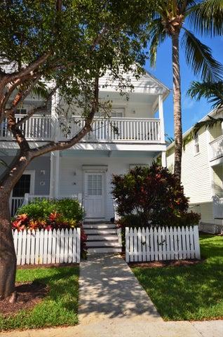5116 Sunset Village Drive, Hawks Cay Resort, Duck Key, FL 33050