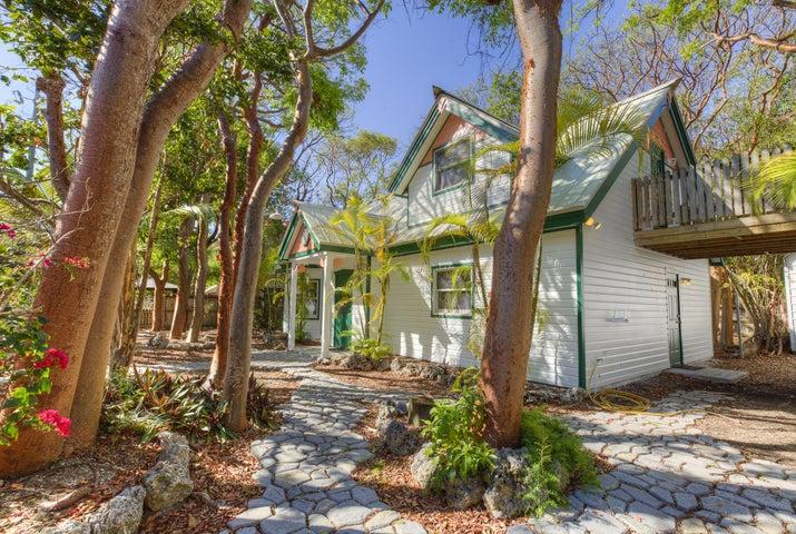 76 Francis Drake Drive, Key Largo, FL 33037