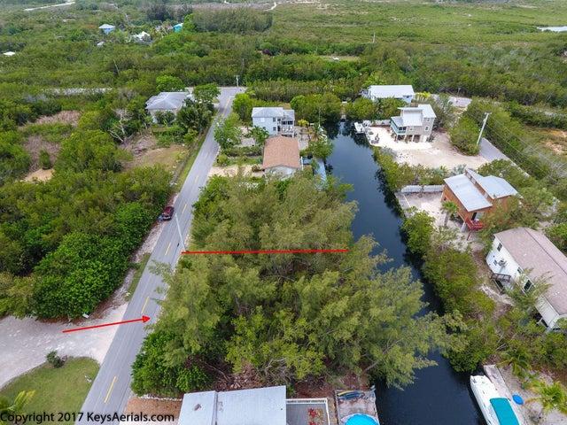 30 Loggerhead Lane, Sugarloaf Key, FL 33042