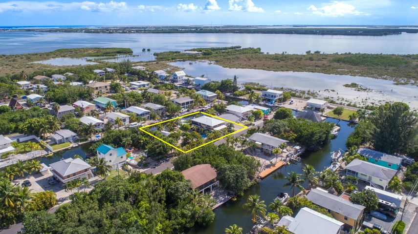 29040 Cedar Drive, Big Pine Key, FL 33043