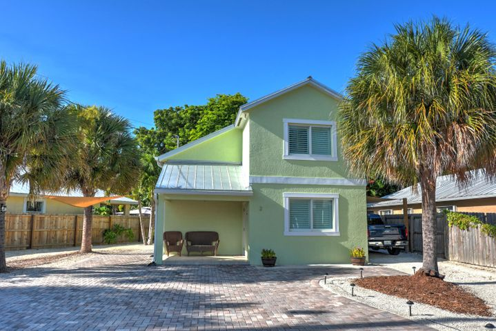 2 Bonefish Avenue, Key Largo, FL 33037