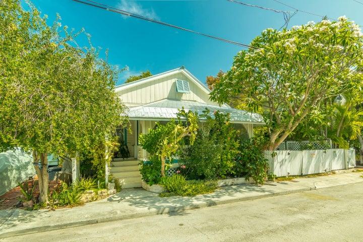 1403 Pine Street, Key West, FL 33040