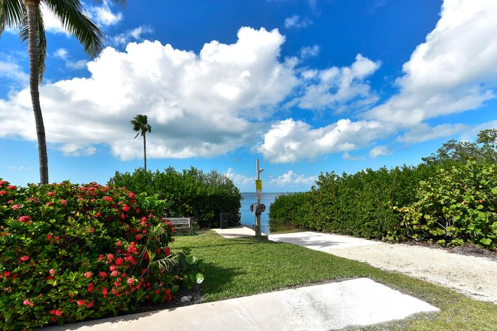 94220 Overseas Highway, 5F, Key Largo, FL 33070