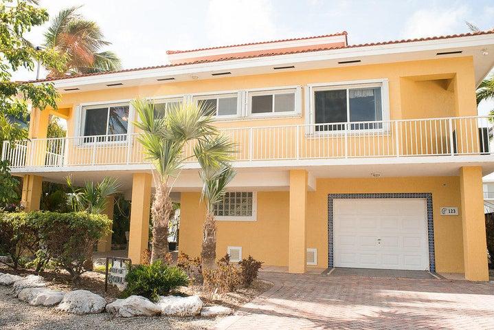 123 W Plaza Del Sol, Lower Matecumbe, FL 33036