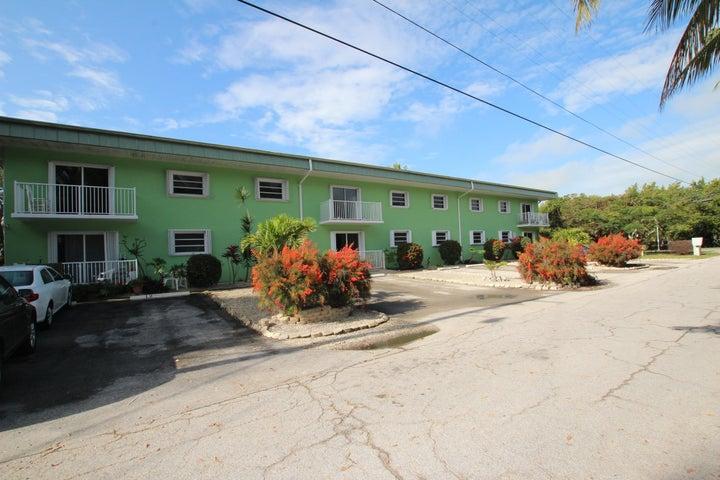 Indies Island Condominiums Side View